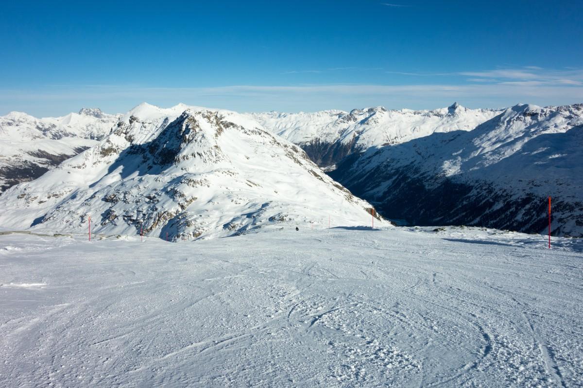 Skiabfahrt auf dem Corvatsch-Gletscher