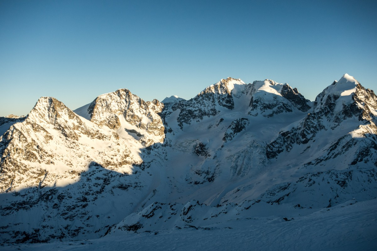 Bernina-Gruppe im Sonnenuntergang