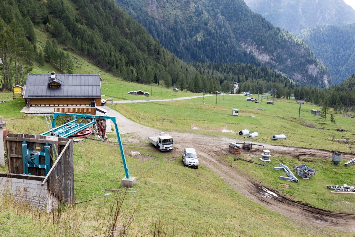Bauarbeiten im Skigebiet Malga Ciapela