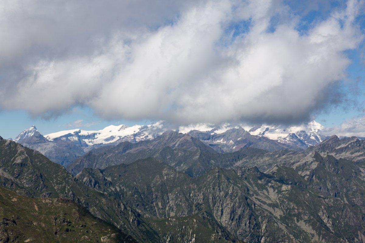 Matterhorn und Monte Rosa vom Monte di Mucrone