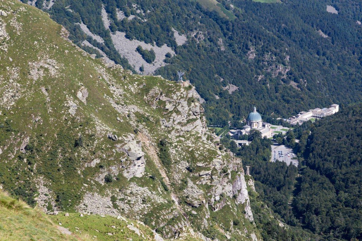 Luftseilbahn Oropa - Lago di Mucrone mit Sacro Monte di Oropa