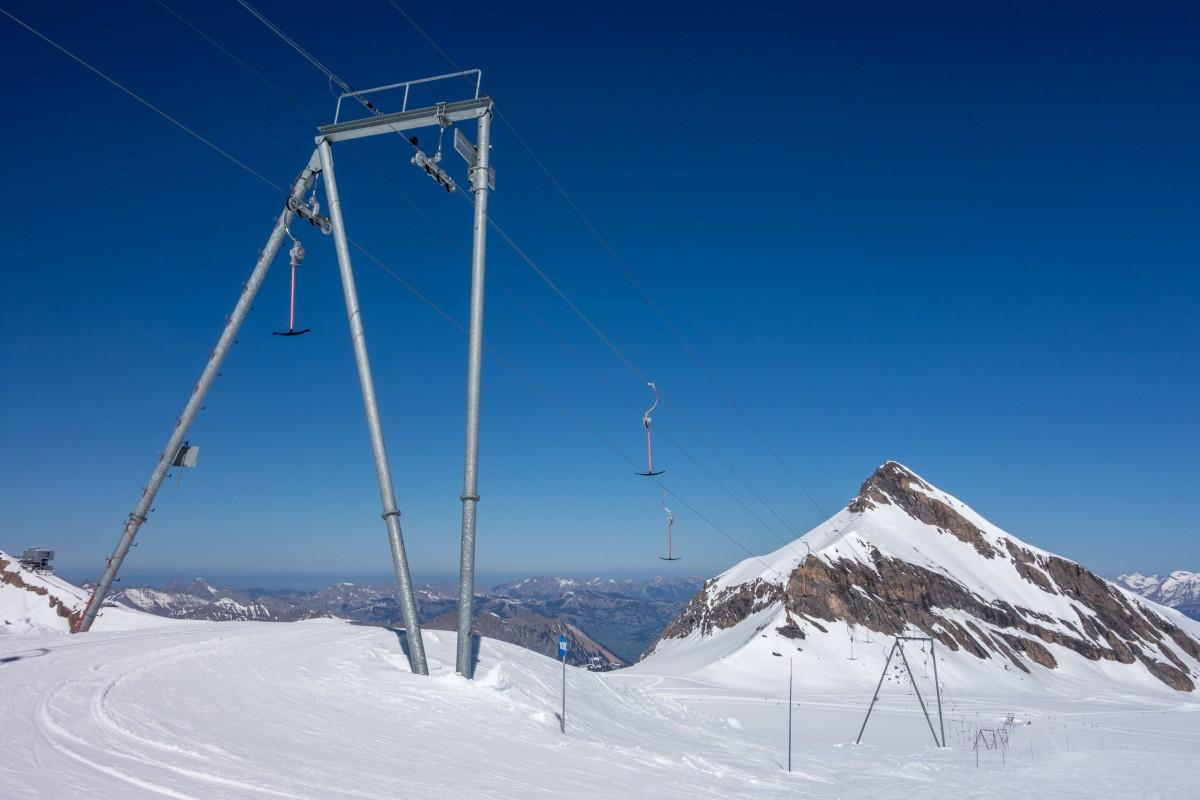 Schlepplift auf dem Glacier 3000 in Les Diablerets