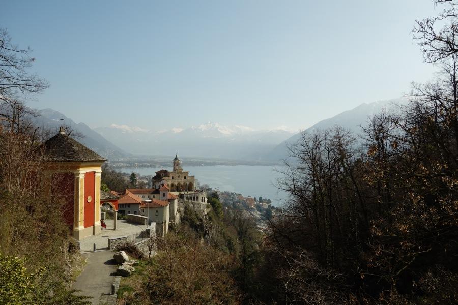 Orselina mit Blick auf den Lago Maggiore und die Magadinoebene